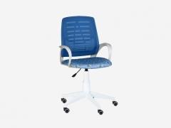 Кресло детское Ирис White сетка W-05 синяя-Т56 пираты на голубом